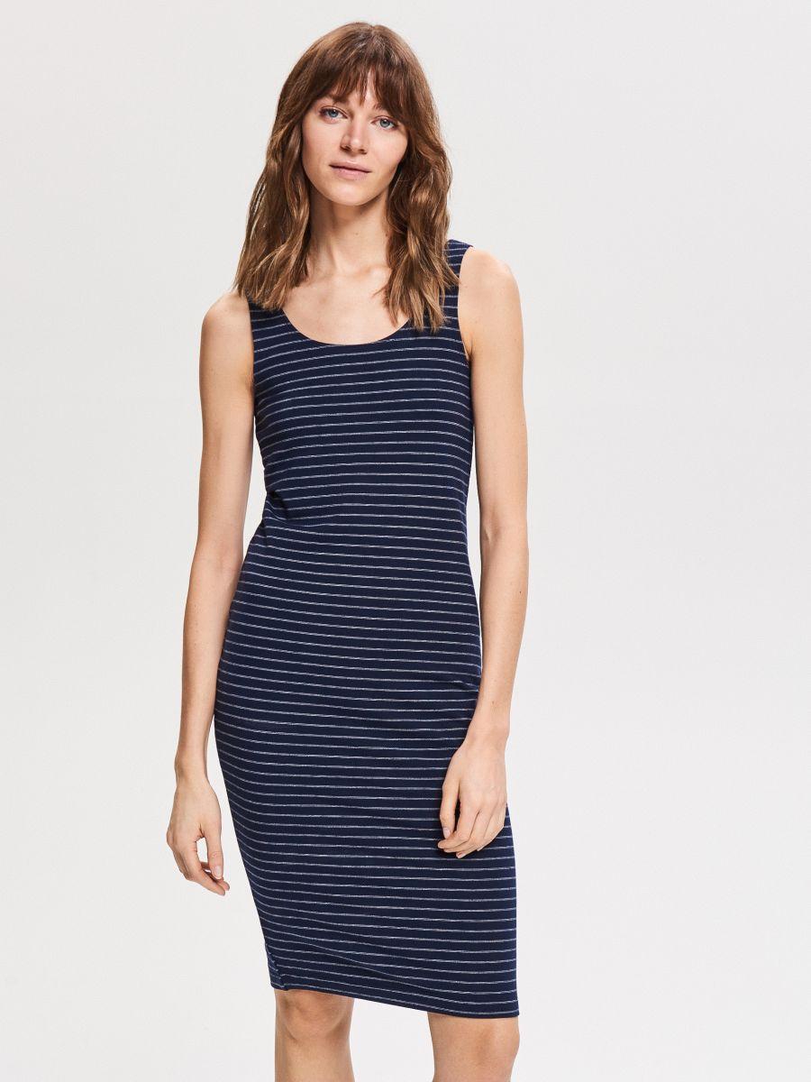 4c7f168ba8 Dzianinowa sukienka