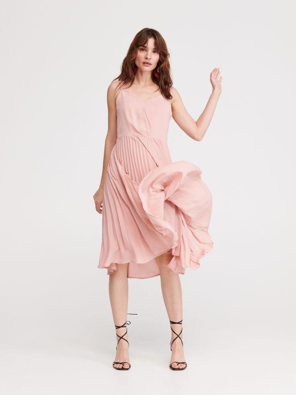 4cc8522dc93f Košeľové šaty · Šaty s plisovanou dolnou časťou - ružová - WB971-03X -  RESERVED