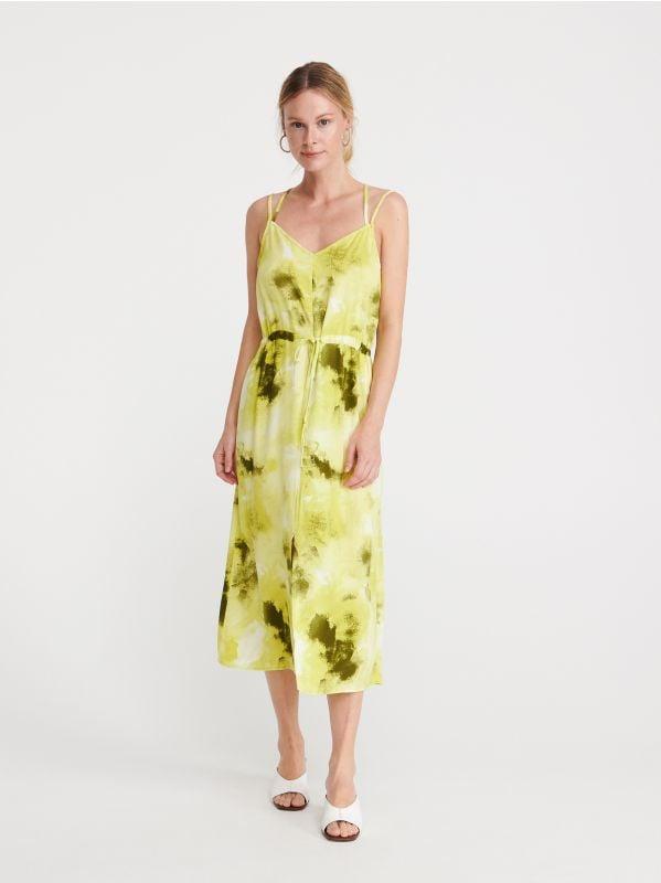 11d5859e40a6 Nakupujte online! Šaty – módne strihy iba v RESERVED